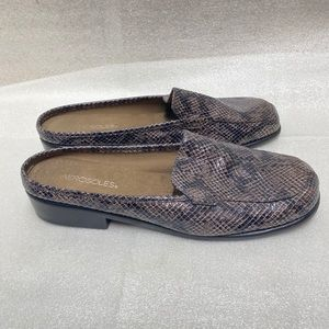 Aerosoles Brown Duble Down Slip Loafers Size 10.5
